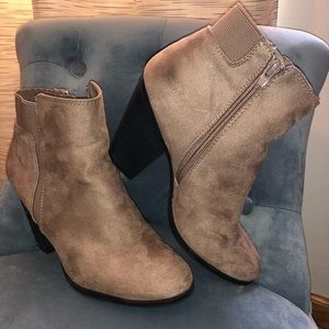 Shoes - Used boots size 8.5 brand (MIX nro 6)